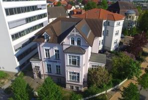 Luftaufnahme der Villa in der Rosa Luxemburg Straße 19 in Rostock